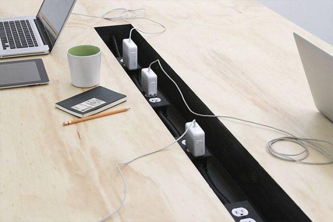 escritorio-pasacables-02